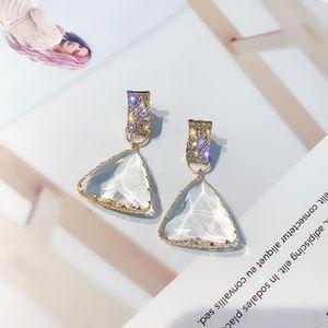 ✨HOST PICK🍸✨STUNNING Geometric Drop Earrings_NWT